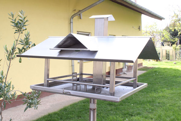 Vogelhaus aus Edelstahl